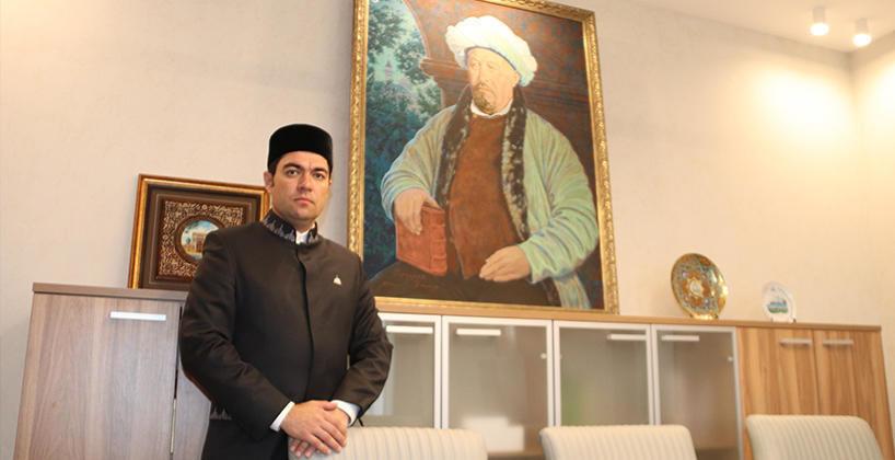 تهنئة مدير أكاديمية بلغار الإسلامية باليوم العالمي للتعليم