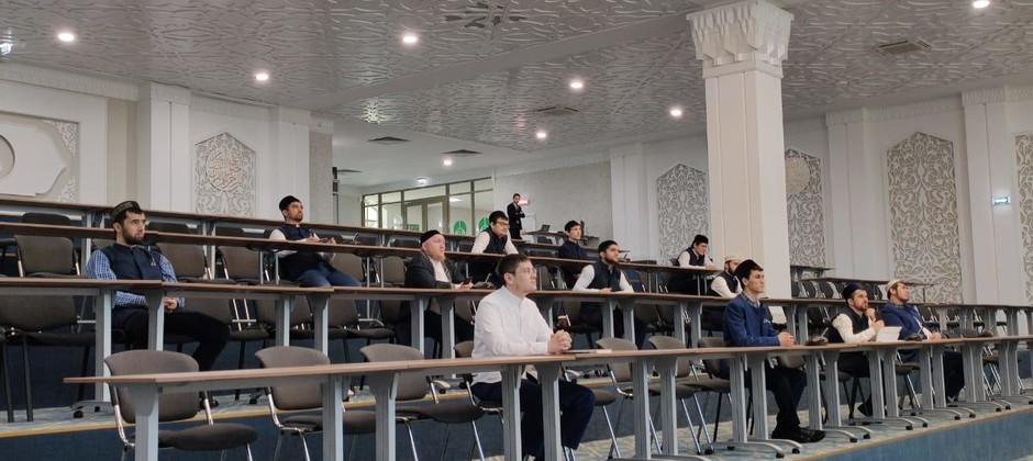 В Болгарской исламской академии прошла межрегиональная онлайн-конференция