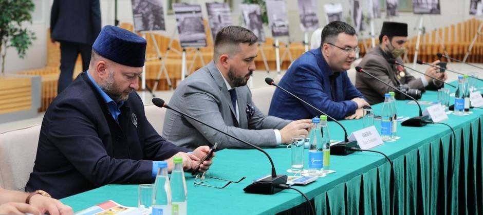 В Болгарской исламской академии прошел круглый стол «Духовная культура мусульман России: наследие татар Рязанской области»