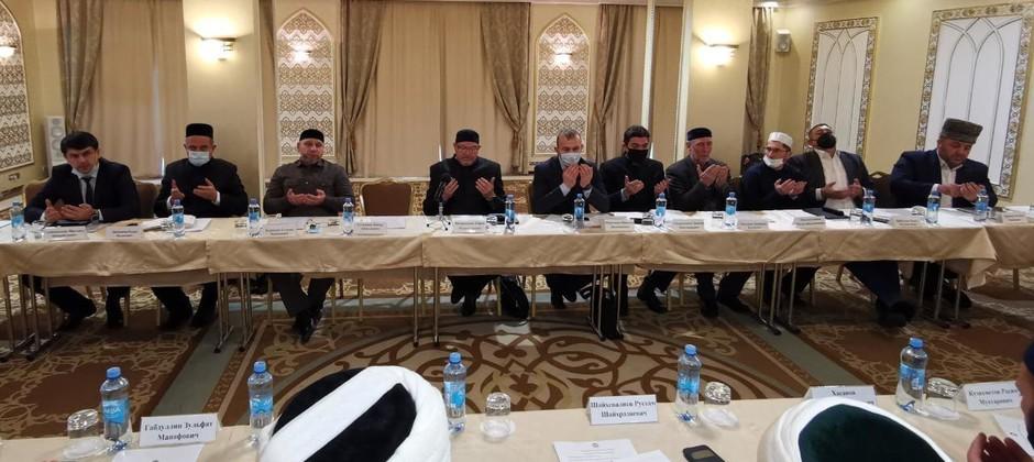 Ректор Академии принял участие в заседании Совета по исламскому образованию