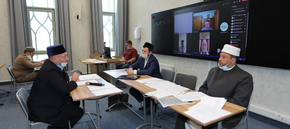 Завершилась экзаменационная сессия докторантов первого курса