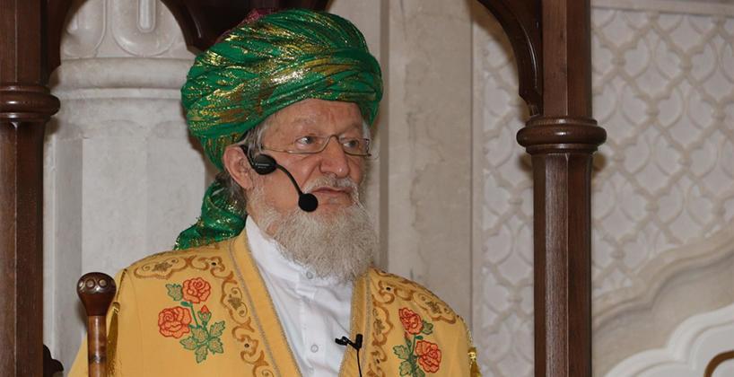 Верховный муфтий Шейх Талгат Таджуддин провёл в Белой мечети пятничную проповедь