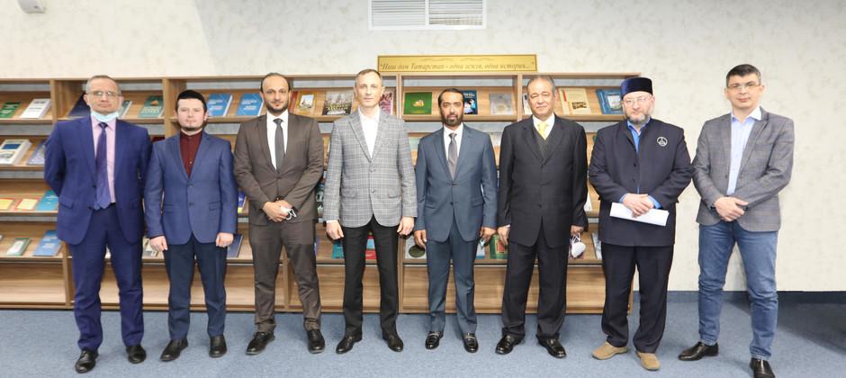 В Академии с официальным визитом находится делегация Всемирного совета мусульманских сообществ