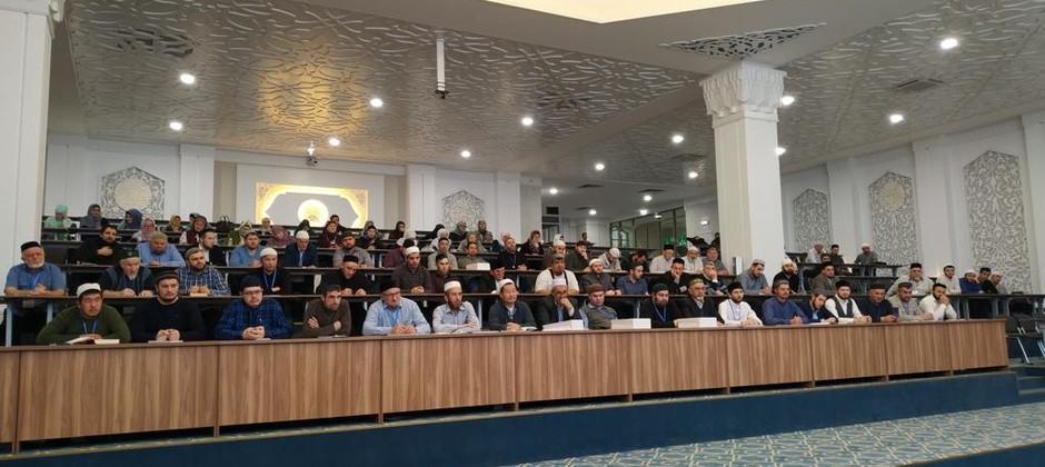 Муфтий Татарстана выступил перед слушателями программы повышения квалификации