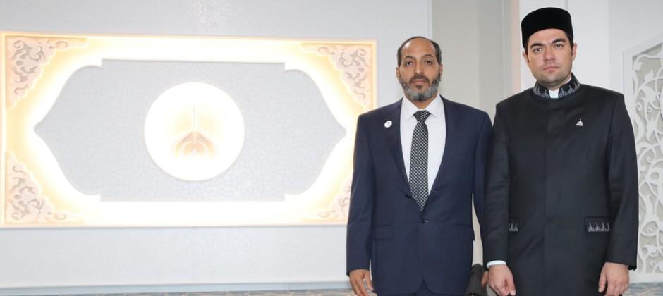 Болгарскую исламскую академию посетил председатель Главного управления по исламским делам и пожертвованиям ОАЭ Мохаммед Матар Салем бин Абид Аль Кааби