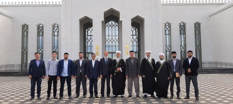 Болгарскую исламскую академию посетила делегация из Ингушетии