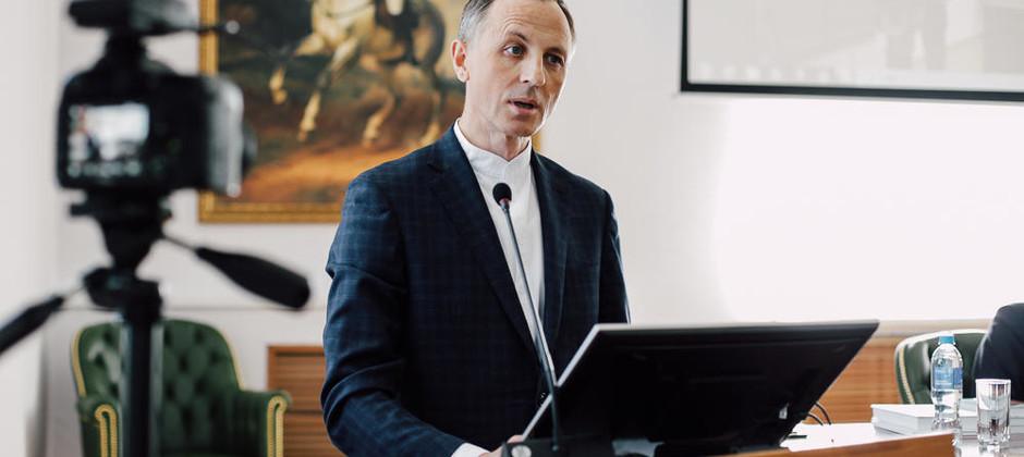 Исполняющий обязанности ректора Болгарской исламской академии выступил в КФУ на презентации серии книг «Возрождение и обновление»