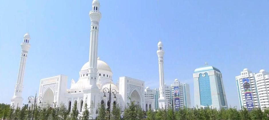 Ректор Болгарской исламской академии с рабочим визитом находится в Чечне