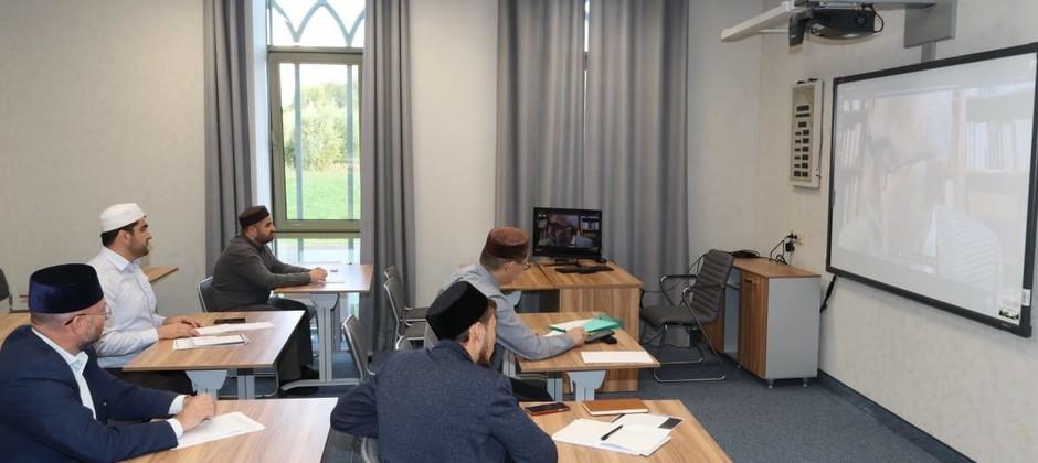 В Болгарской исламской академии прошла онлайн-лекция профессора из Александрийского университета (Египет)
